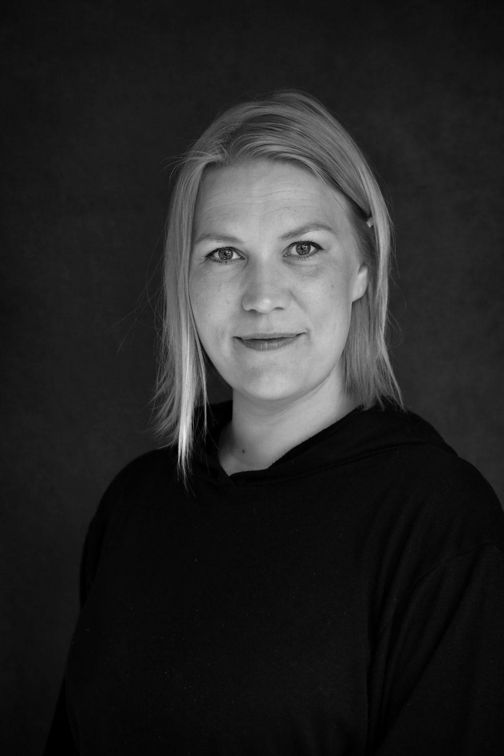 alueteatterituottaja Sanna Heikkinen