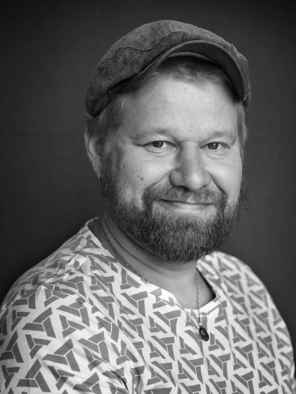 näyttelijä Janne Kinnunen