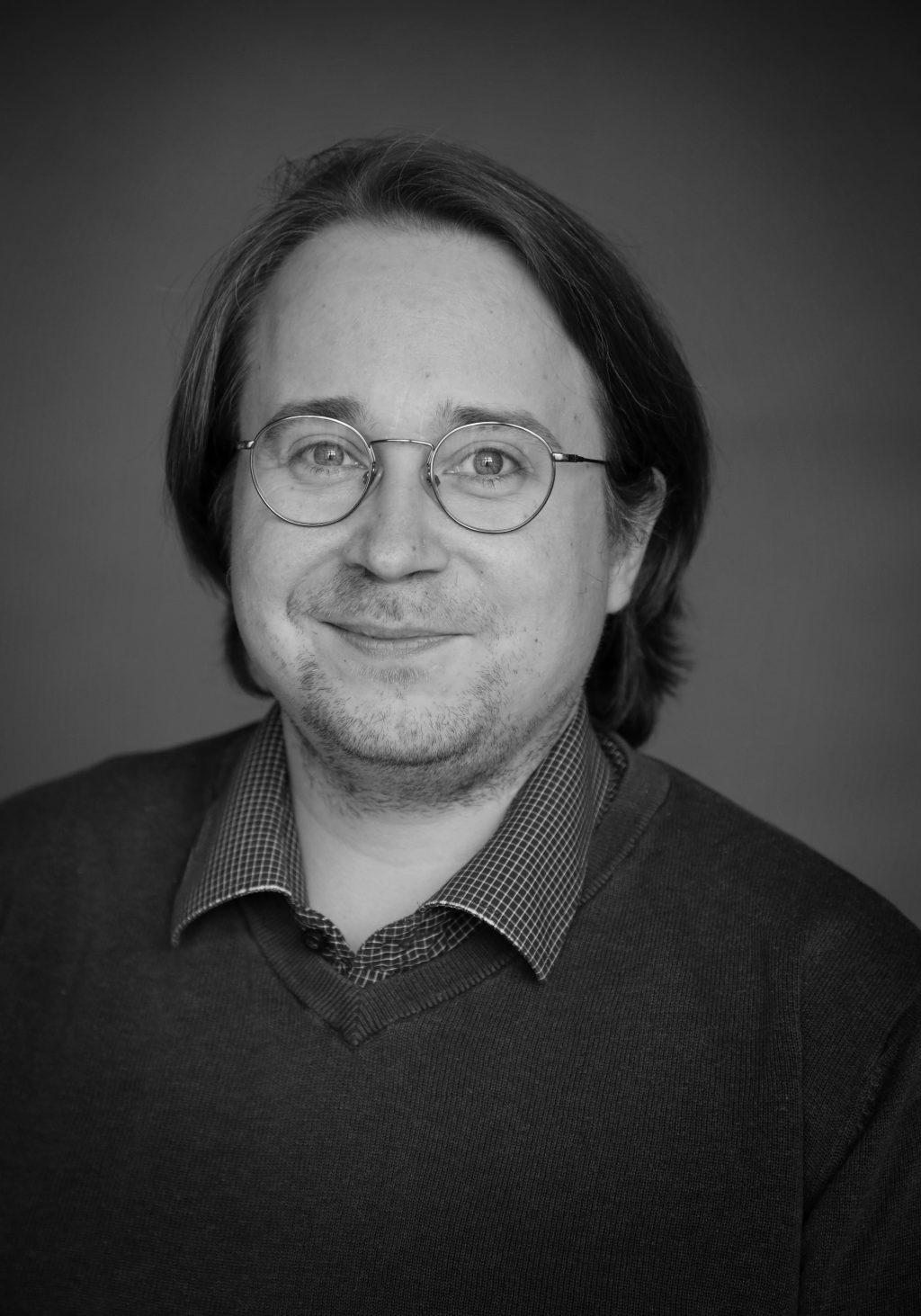 kapellimestari (vier.) Juho Hannikainen
