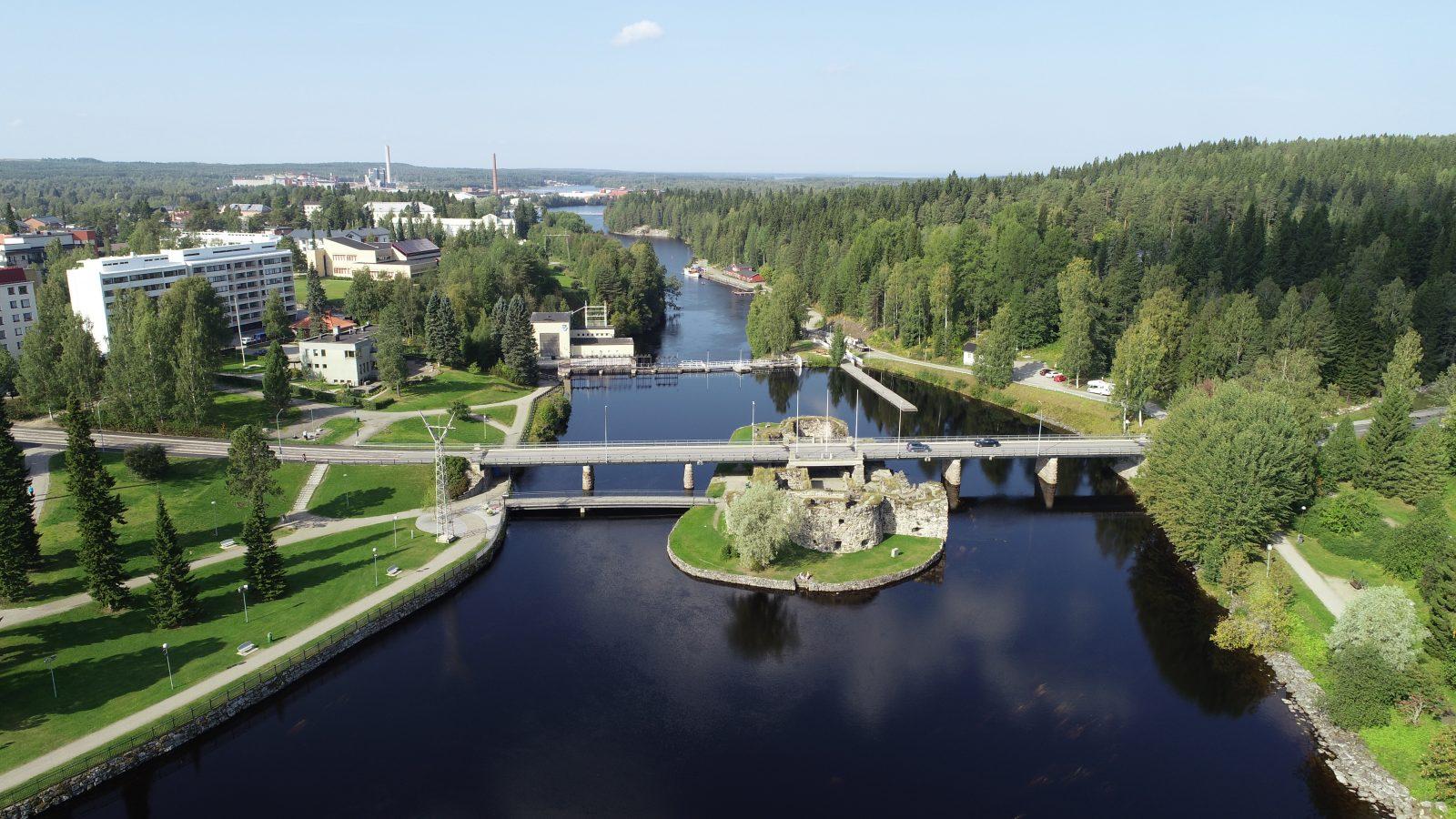 Kesä, ilmakuva Kajaaninjoki